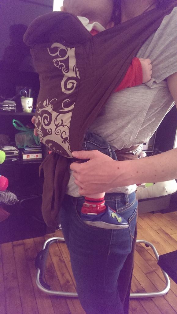 Découverte de l écharpe de portage Tinéo  Concours Inside  - Maman ... d0112b8a238