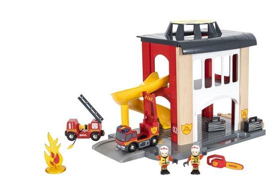 brio-grande-caserne-des-pompiers