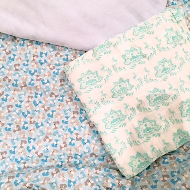 Valise de maternité - couverture margote - lange aden+anais disney
