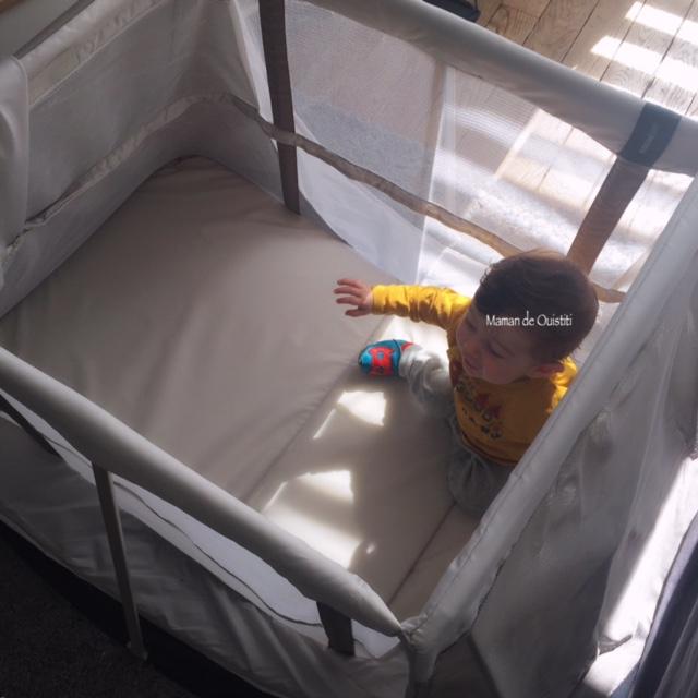 nuits de bébé - lit parapluie - aeromoov