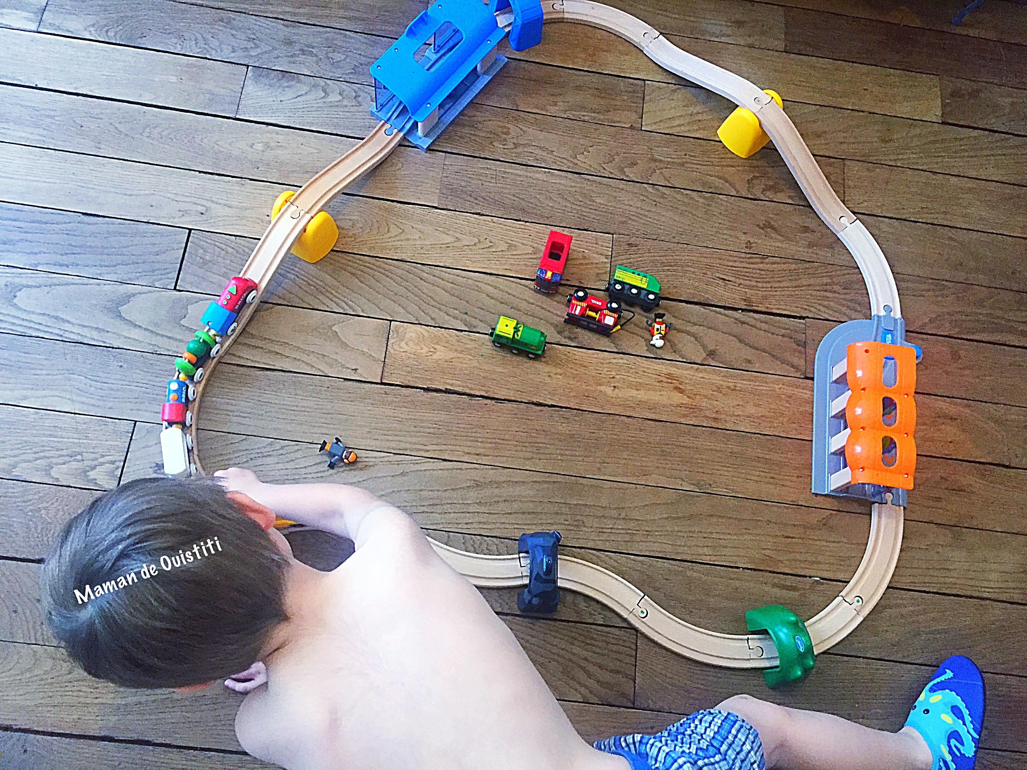 Brio - Smart Tech - trains