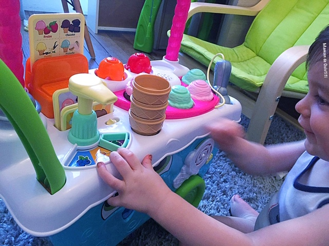 Noel - wishlist - vtech -chariot à glaces interactif
