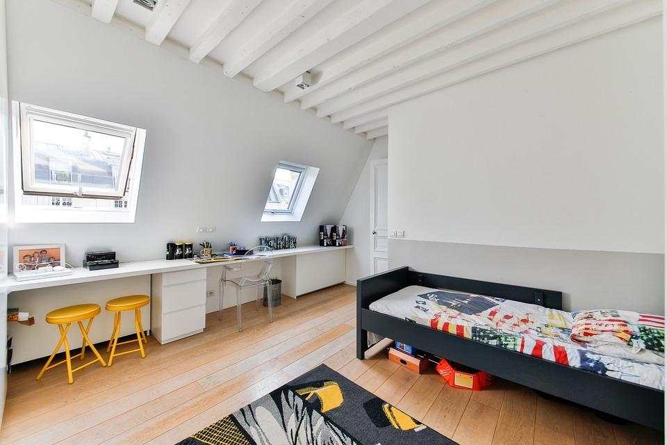 chambre d'enfant - mobilier - bureau - lit - chaise - ordinateur